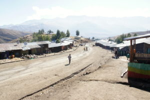 15.Dedina Chiro Leba, ktorá mala byť v záujme ochrany národného parku presťahovaná mimo hranice chráneného územia