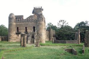 25.Objekt v hradnom komplexe v Gondare