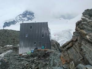 Chata Cabane de Tracuit (3 256 m)