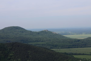 V diaľke Plavecký hrad
