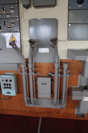 Zariadenie na komunikáciu so strojovňou
