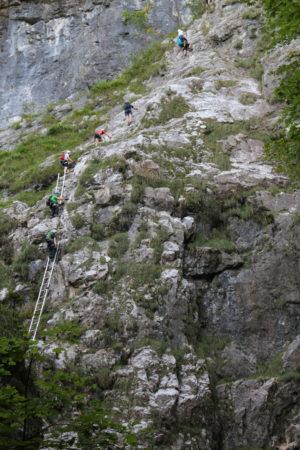 Rebríky na začiatku feraty